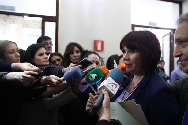 Navarro (PSOE) desconoce los planes electorales de Sánchez pero cree que no aprobará los Presupuestos a cualquier precio