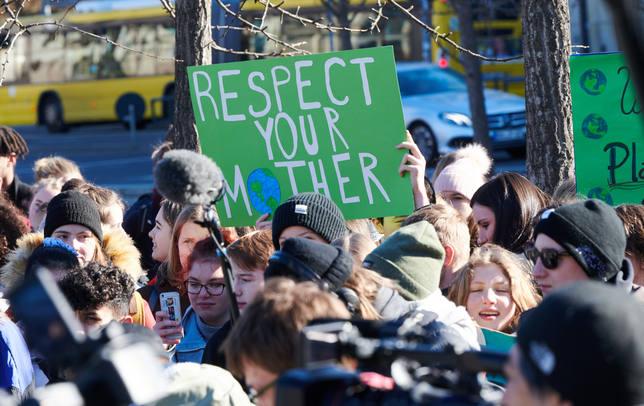 Los sindicatos no convocan huelga el 15 de marzo, aunque apoyan la protesta estudiantil contra el cambio climático