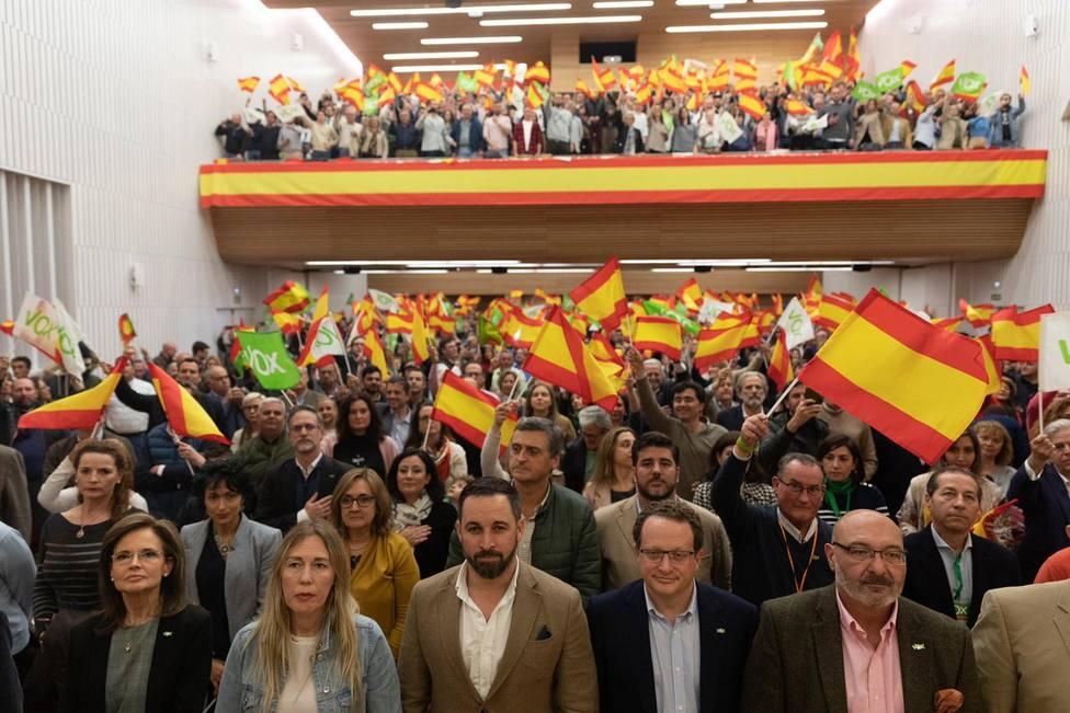 Abascal amenaza con consecuencias a PP y Cs por el incumplimiento de lo pactado en Andalucía