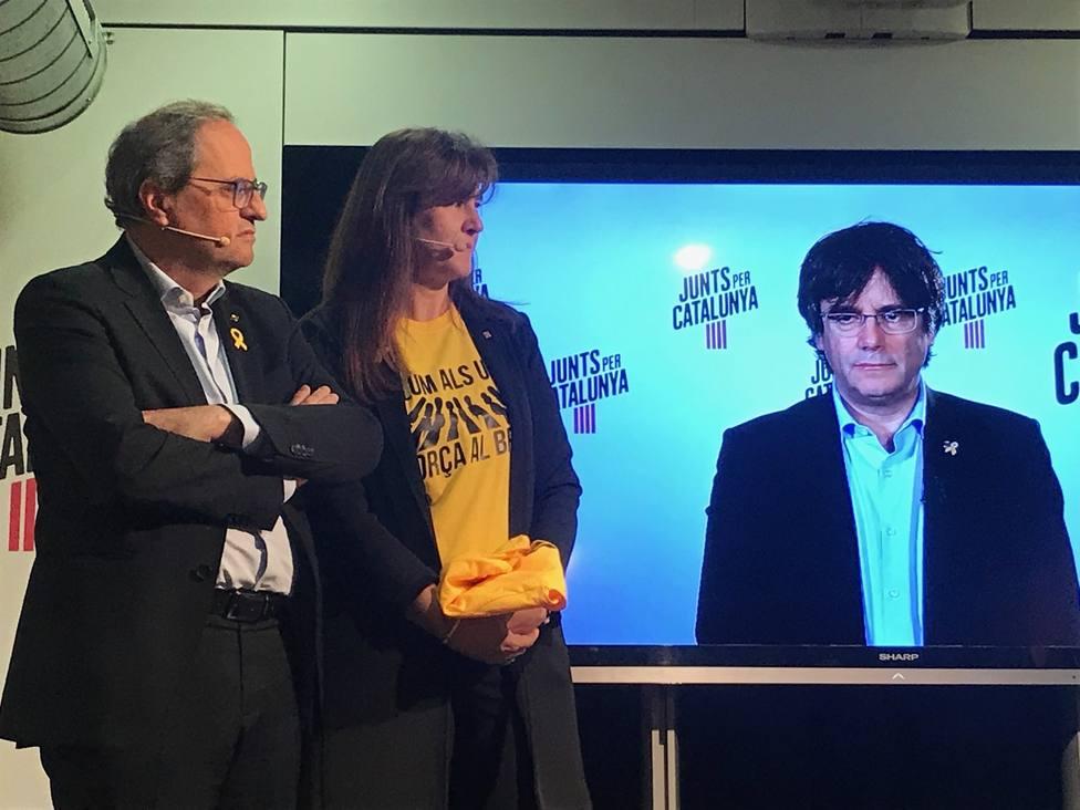 Puigdemont llama a los indecisos a votar JxCat ante un Estado capaz de apartarle de las europeas