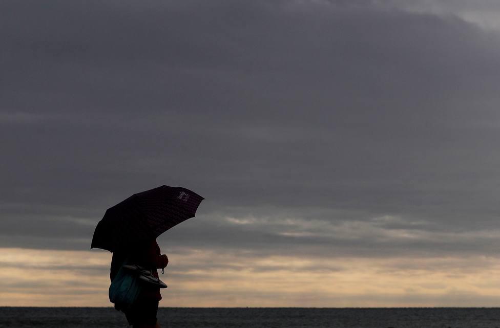 La semana de un nuevo DANA se inicia con chubascos y alertas por lluvias