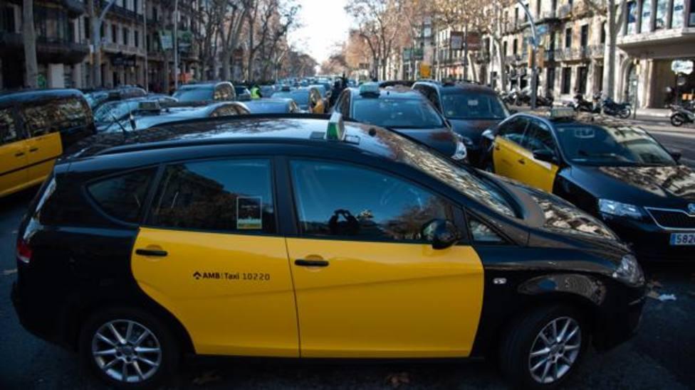 Taxistas de Barcelona durante una de sus protestas contra los VTC - Inés Baucells
