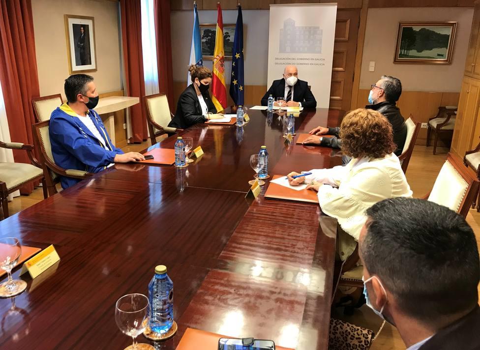 Reunión entre el delegado del Gobierno y comité de Siemens Gamesa en As Somozas-FOTO: Delegación del Gobierno
