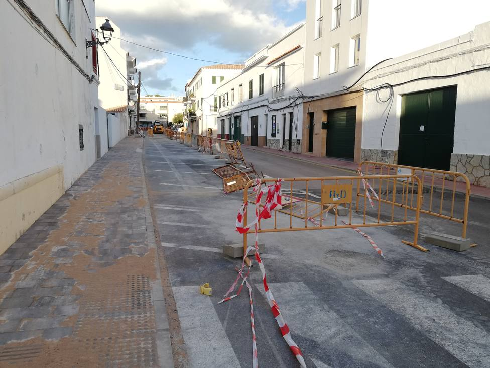 Obras de mejora de un tramo de la calle Virgen del Toro Mercadal
