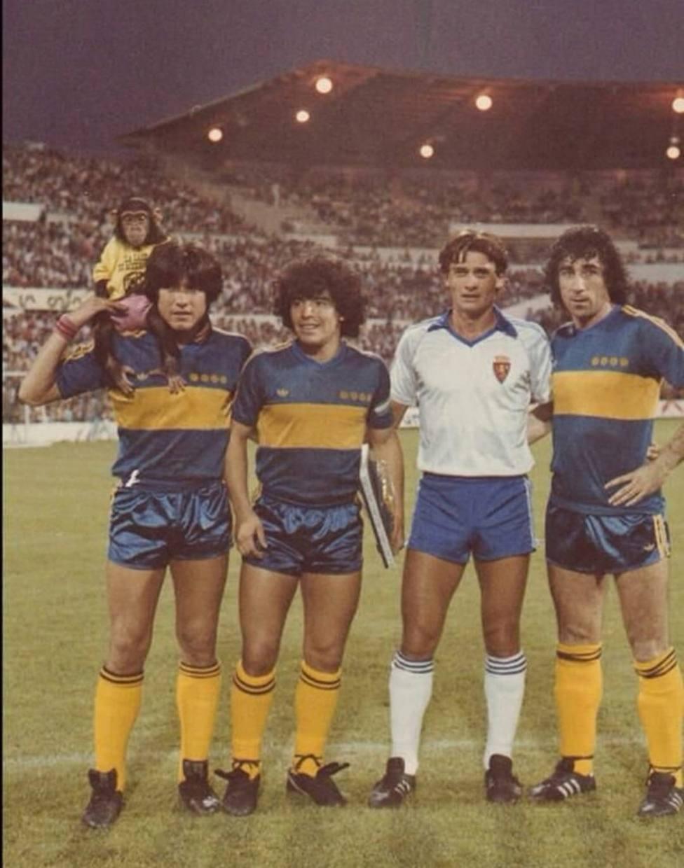 Maradona, Casuco y un mono