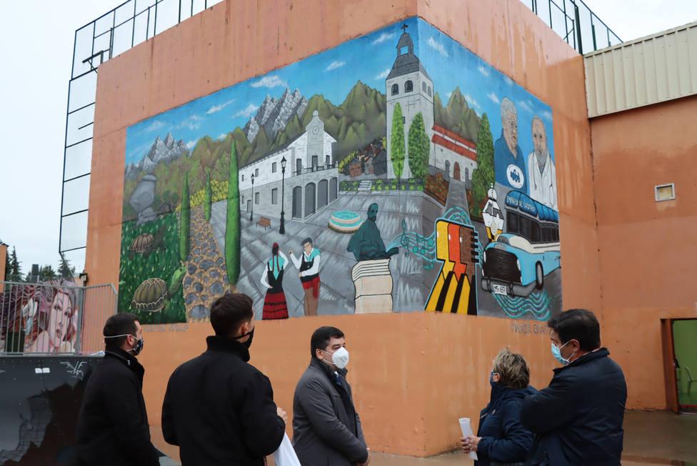 Inauguración del mural de arte urbano