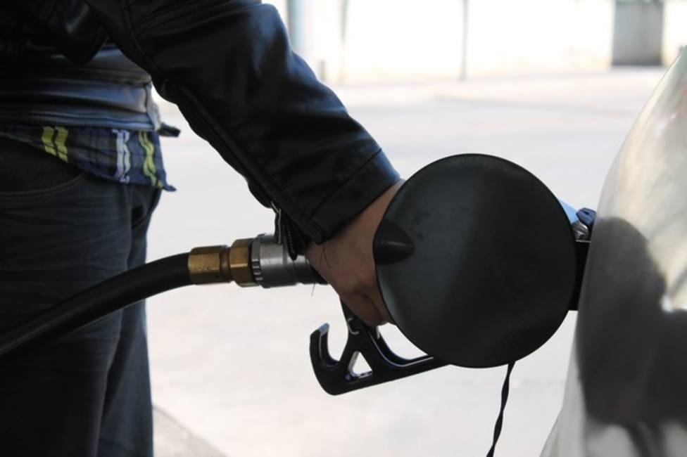 ¿Por qué siguen subiendo los carburantes si estamos en pandemia?
