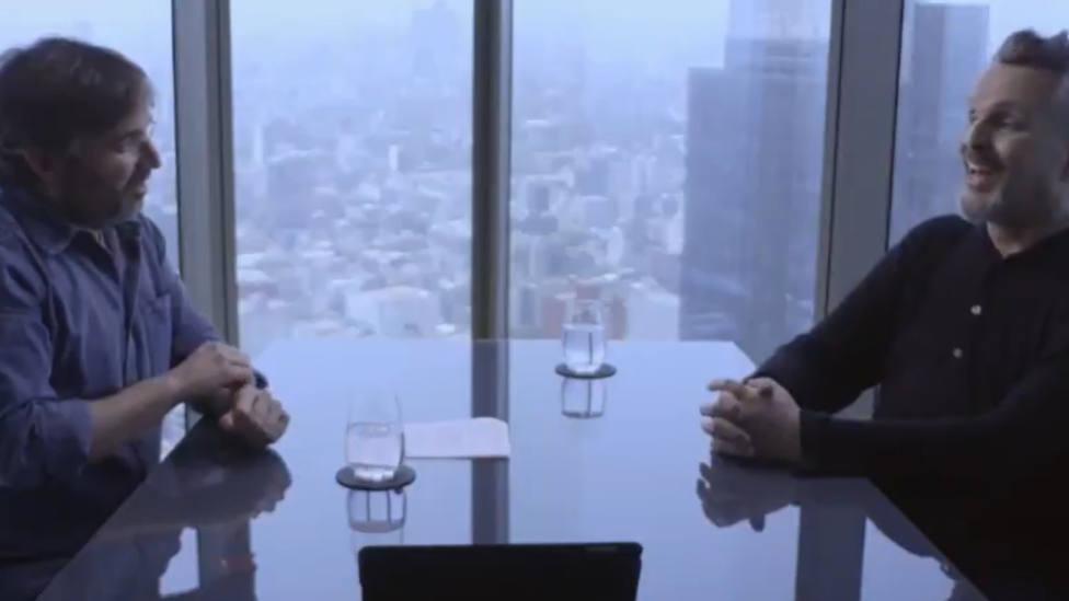 """Miguel Bosé le confiesa a Jordi Évole qué pasa con su voz: """"Ahora puedo hablar"""""""