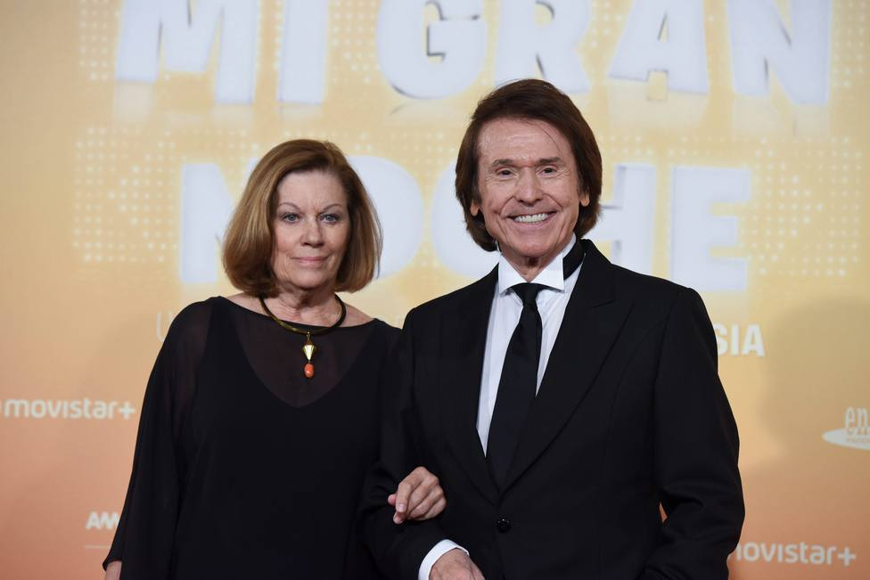 Raphael y Natalia Figueroa, en el estreno de Mi Gran Noche en Madrid