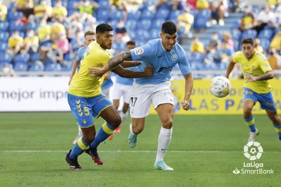 Un lance del encuentro disputado el pasado fin de semana en Las Palmas