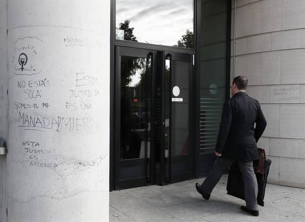 La Fiscalía de Navarra mantiene que fue violación y recurrirá la sentencia de La Manada