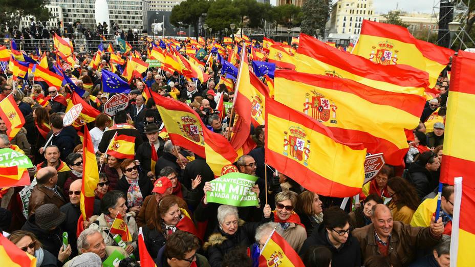 España clama por España. Concentrración en la plaza de Colón de Madrid
