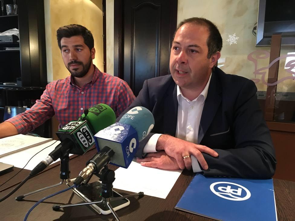 Sergio Sánchez, nº 2 de la lista del PP y Raúl Rero, candidato a alcalde