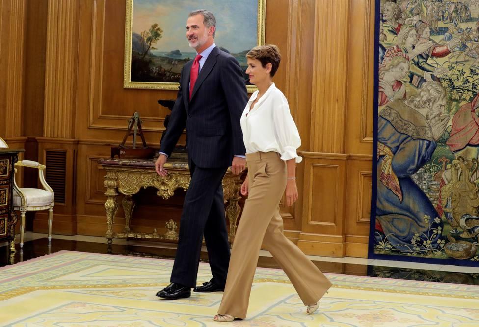 Chivite, tentada de no invitar a los Reyes a los Premios Príncipe de Viana para contentar a sus socios
