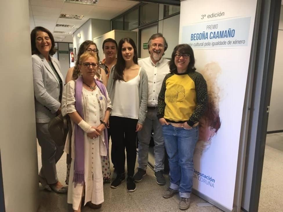 La Diputación de la Coruña entrega el Premio Begoña Caamaño