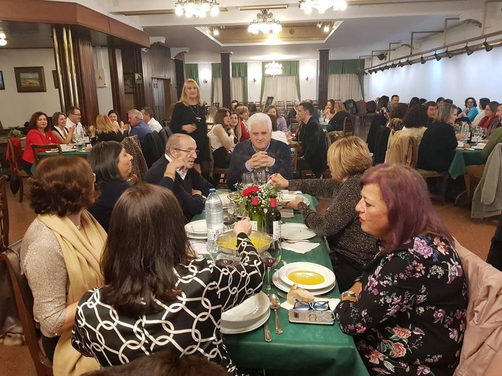 La cena solidaria de Famyc tuvo lugar en el Casino Ferrolano