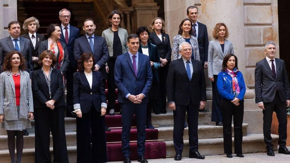 La extraña felicitación de Navidad de una ministra de Sánchez que ha causado el revuelo en las redes