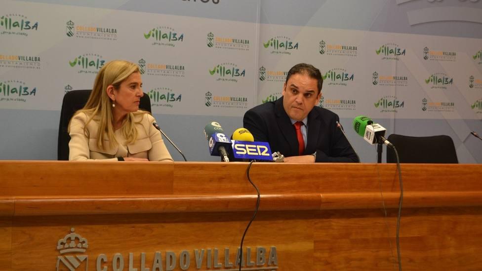 La alcaldesa, Mariola Vargas, y el edil de Contratación, Bernardo Arroyo, han explicado la resolución