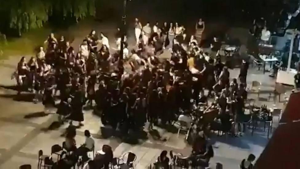 Baile en las fiestas de Beasain suspendidas