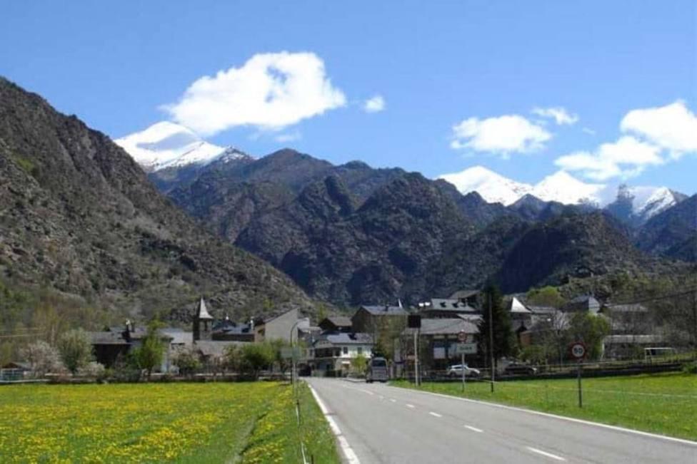 Fallece un montañero al precipitarse desde unos 200 metros en Alins (Lleida)