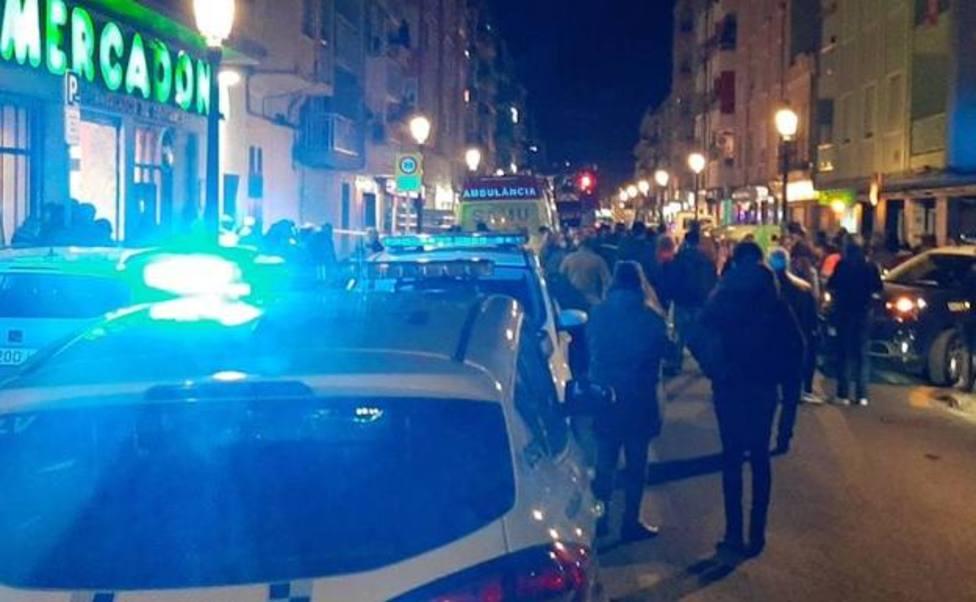 Despliegue policial anoche en el incendio