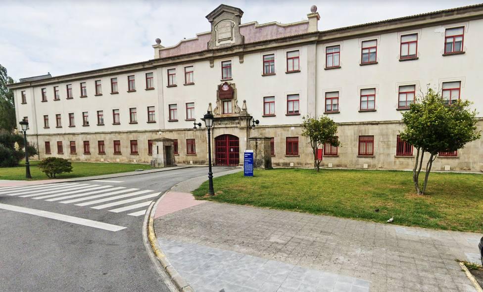Fachada de la Escuela Politécnica Superior de Ferrol