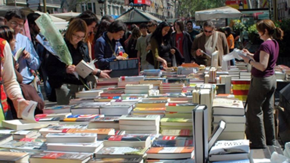 Parada de libros en Barcelona - AYUNTAMIENTO DE BARCELONA - Archivo