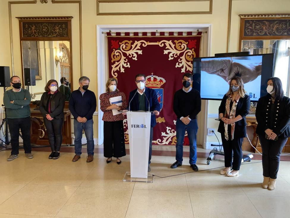 Ángel Mato y sus concejales durante la presentación del proyecto de presupuestos para 2021