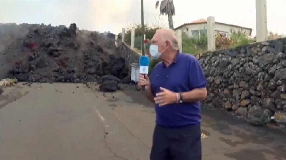 Pedro Piqueras, pillado por sorpresa en La Palma por lo que ocurre detrás: ¡Cuidado!