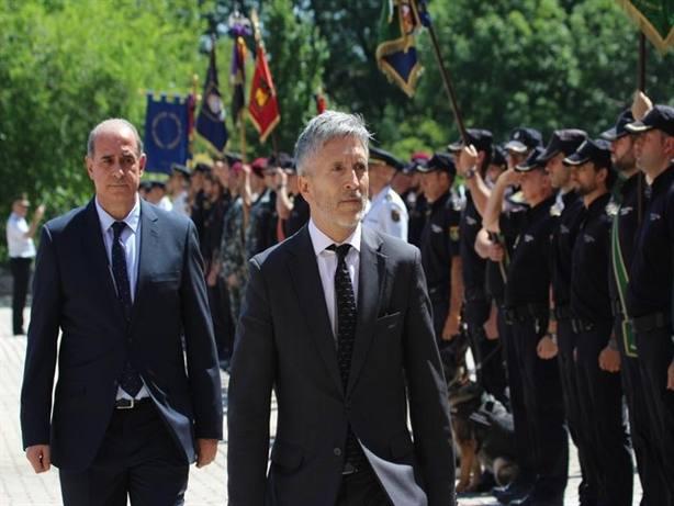 Interior destituirá a policías que el PP premió con puestos en embajadas