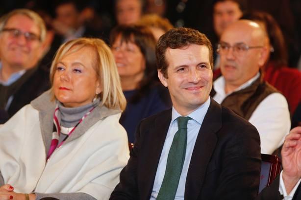 Casado acusa a la izquierda de utilizar a la lengua asturiana como un instrumento para fragmentar a la sociedad