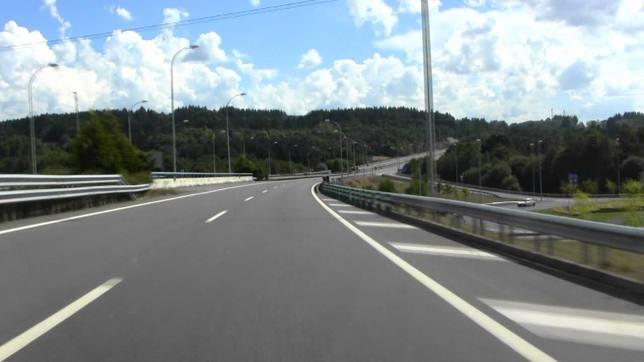 La Guardia Civil trata de identificar a un conductor que fue 15 km en sentido contrario por la A6
