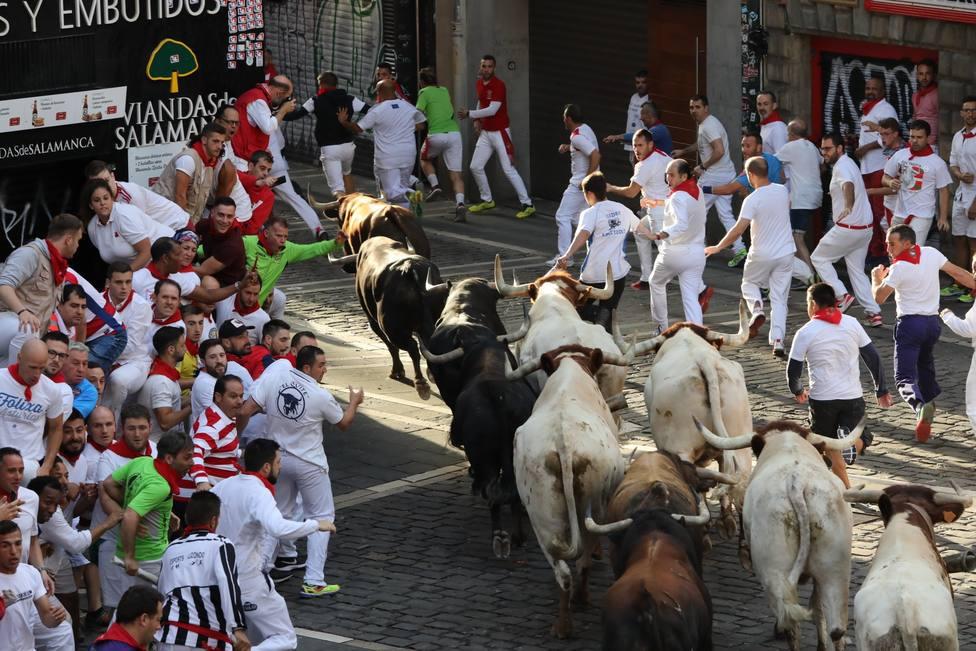 Los toros debutantes de La Palmosilla se adelantan a los cabestros en un veloz encierro sin heridos por asta