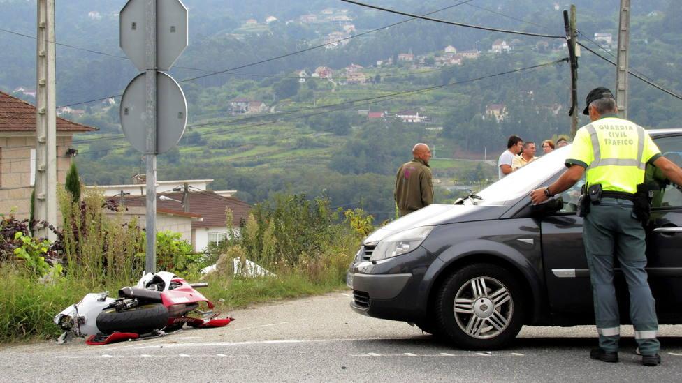 Foto de archivo de un accidente de tráfico - FOTO: Efe / Sxenick