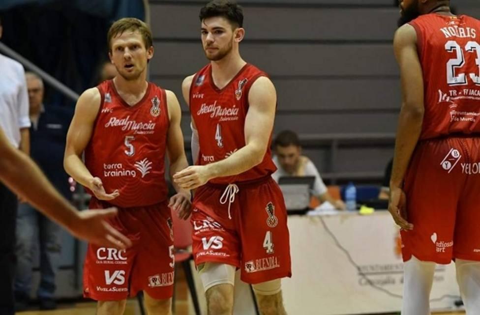 La Roda acaba con la imbatibilidad de Real Murcia baloncesto (71-61)