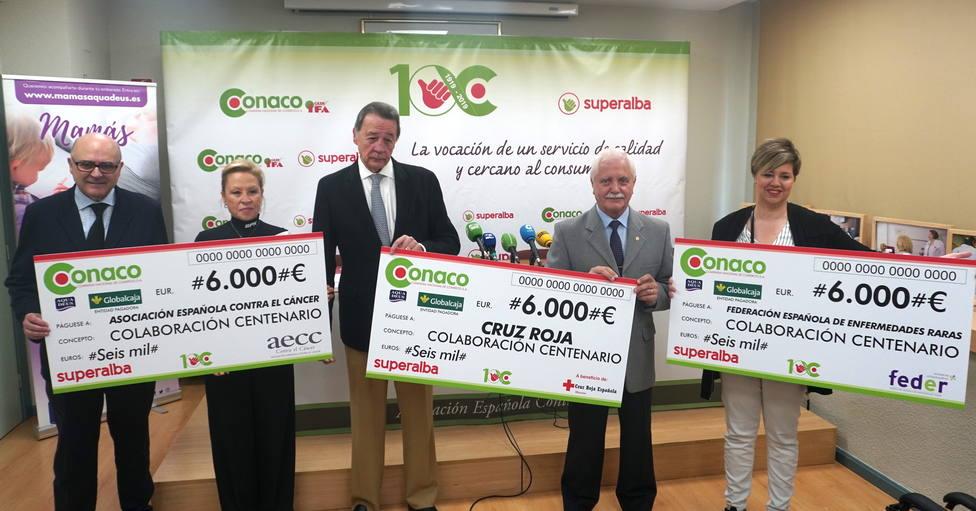 Entrega cheques Conaco