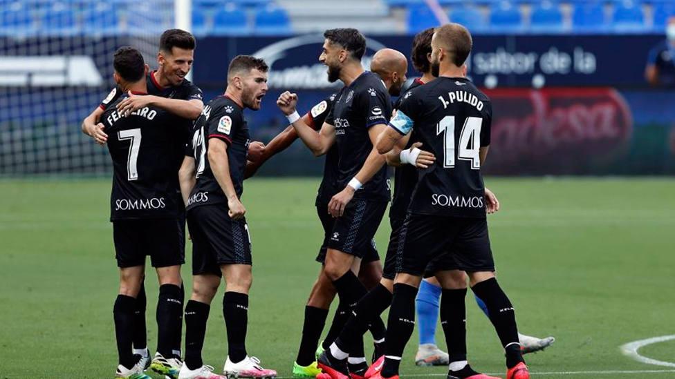 El Huesca venció al Málaga en La Rosaleda (@LaLiga)