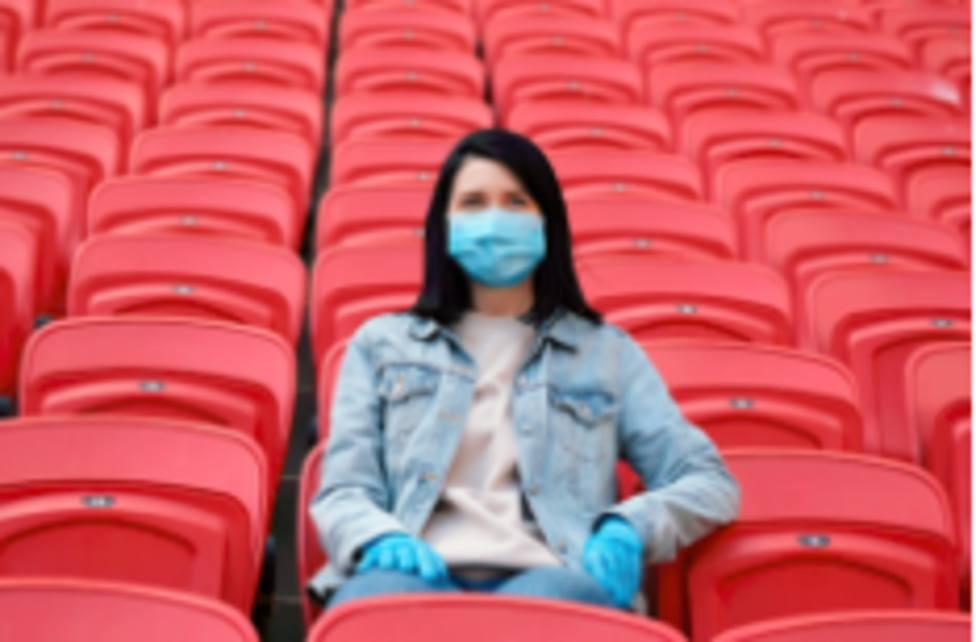 El Gobierno permite la entrada de público en estadios y pabellones, con previsión para noviembre.