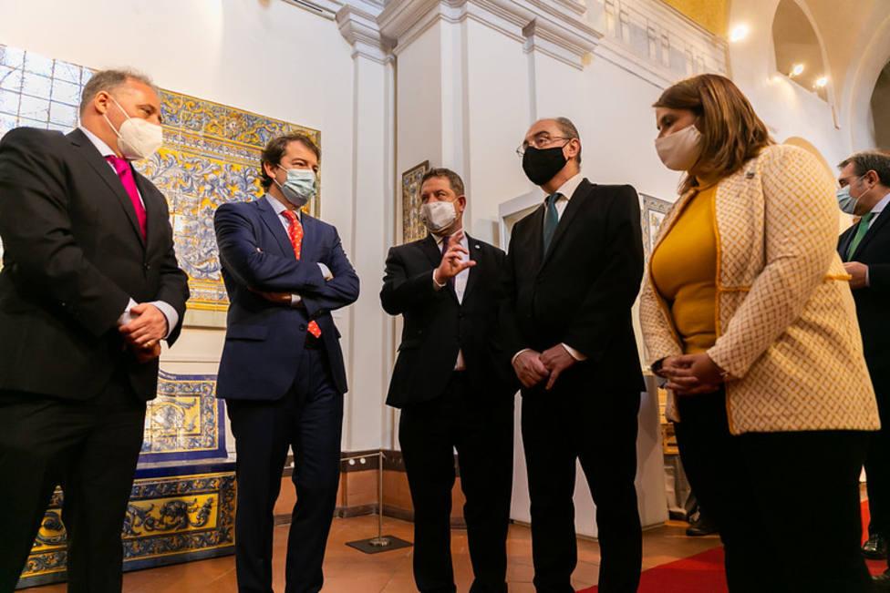 La alcaldesa de Talavera con los presidentes autonómicos