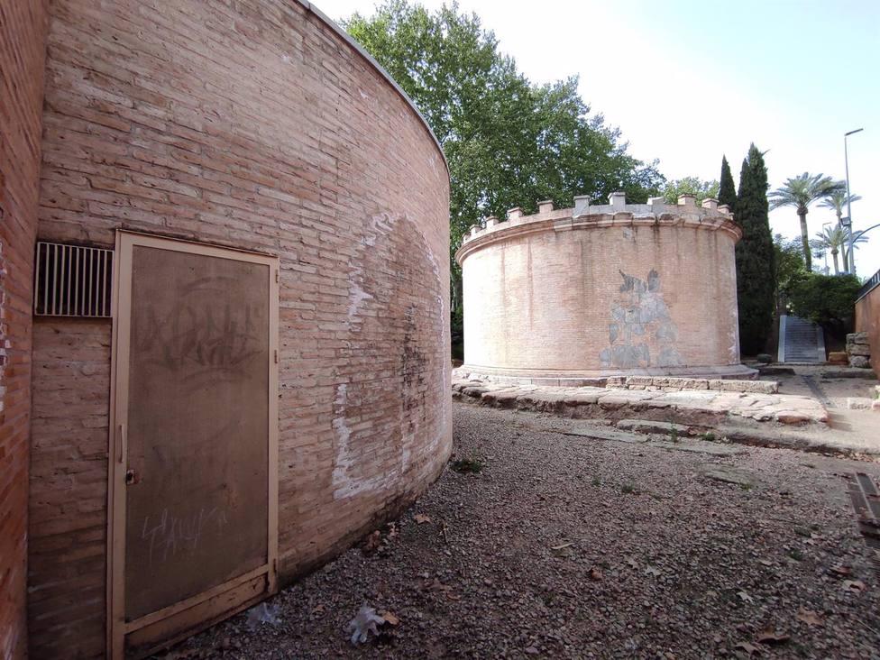 El Ayuntamiento aprueba un convenio con la UCO para abrir al público los Mausoleos Romanos de Puerta Gallegos