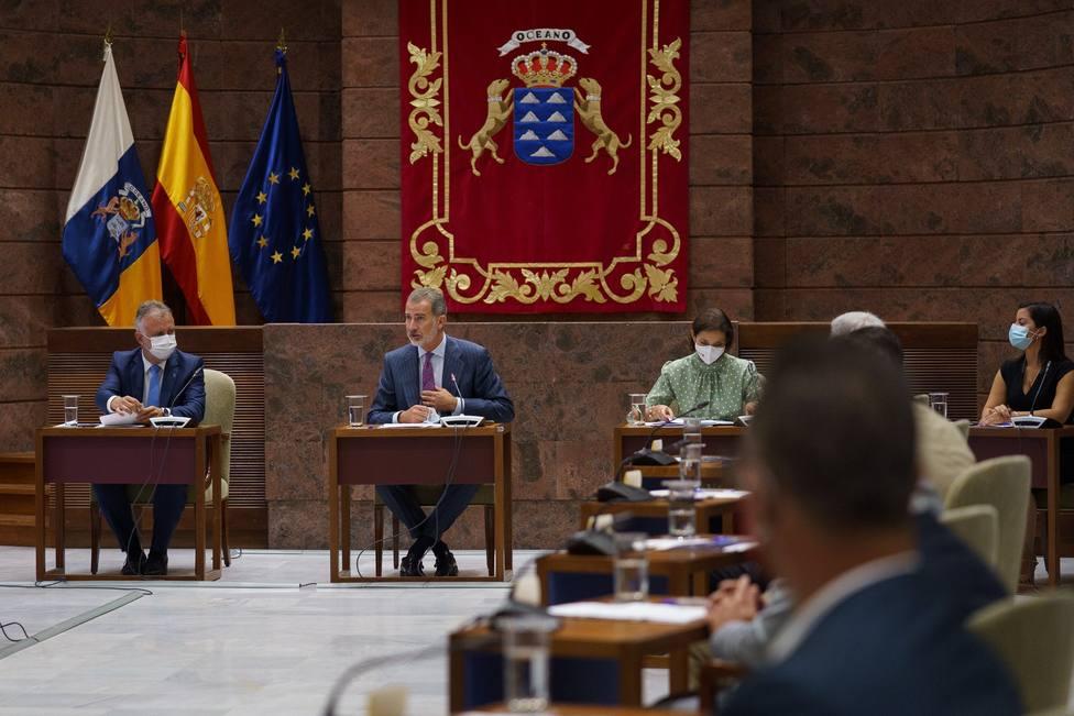 Felipe VI preside una reunión del Consejo Canario de Turismo