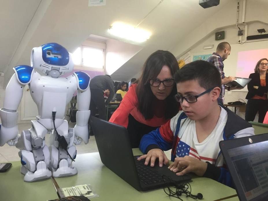 Voluntarios de Accenture forman a más 4.000 alumnos en España en programación con su iniciativa Hora del Código