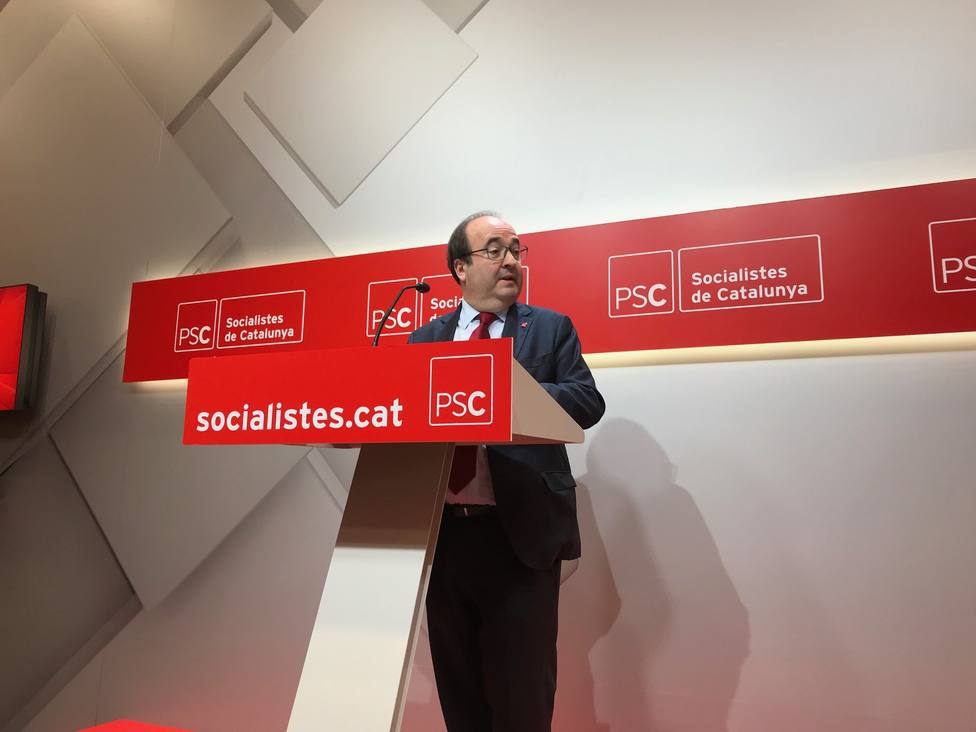 Iceta califica de magníficas las candidaturas del PSOE y dice que en el PSC no ha habido ningún problema