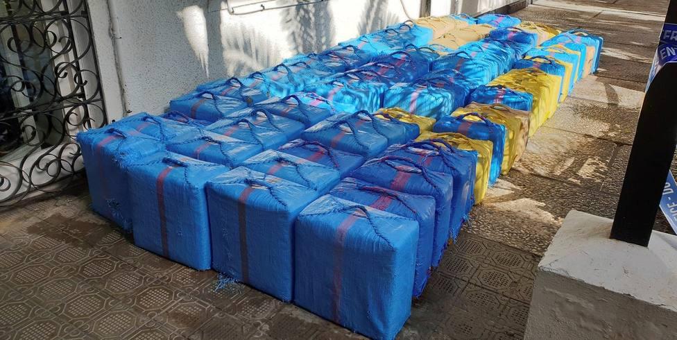 La policía marroquí decomisa casi 13 toneladas de hachís en el norte del país