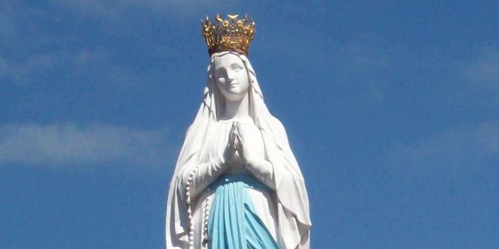 Santa María Coronada
