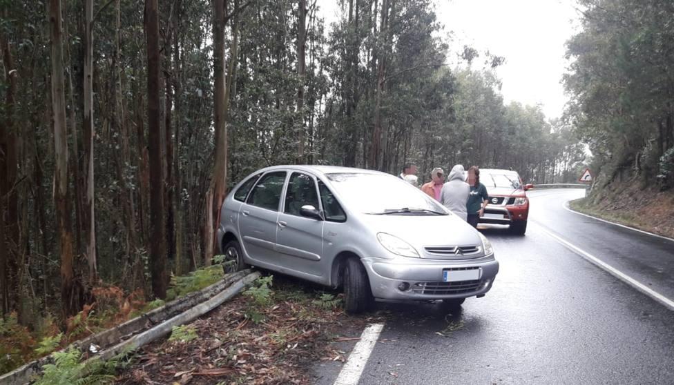 Foto de archivo de uno de los accidentes en esta carretera - FOTO: Cedida
