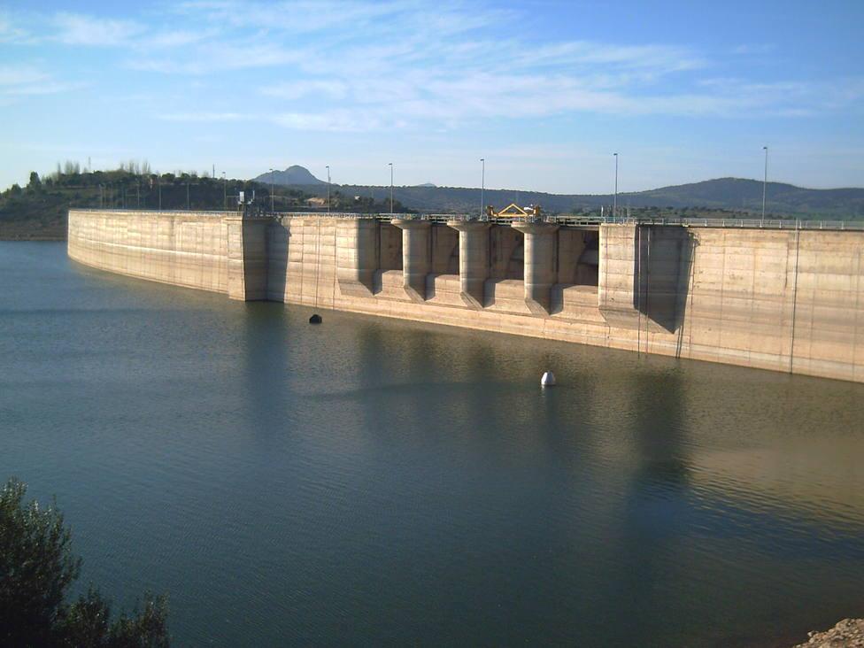 Mérida restringe el uso de agua en riego y prohíbe el llenado de piscinas
