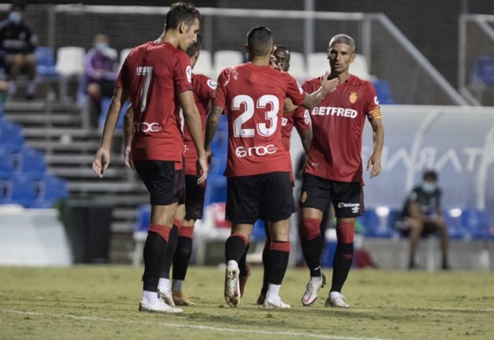 Stoichkov, tras su gol ante el Tenerife