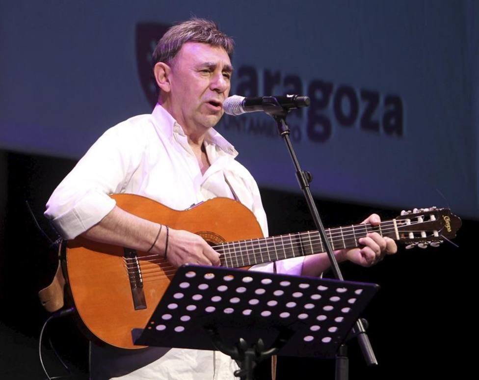 El cantautor y poeta Joaquín Carbonell fallece por coronavirus
