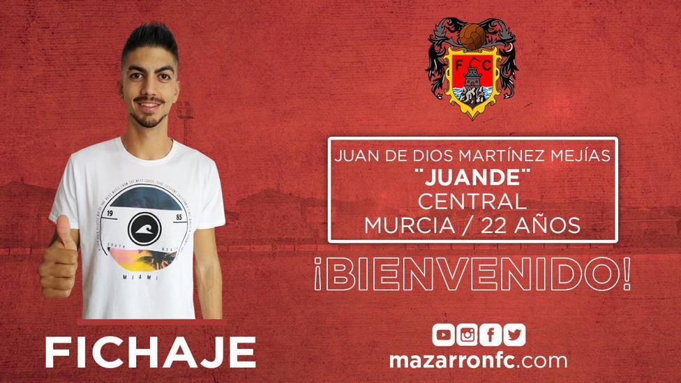 El Mazarrón CF se refuerza con el central Juande